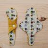 Salvaslip Tanga de tela reutilizable eco BICICLETAS- MOSTAZA