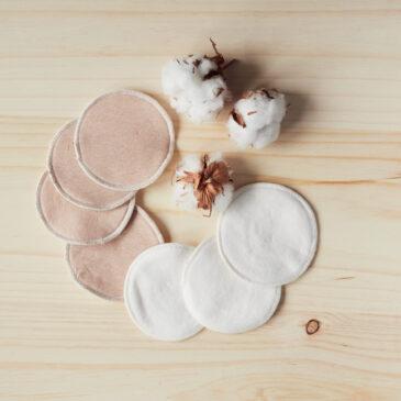 Discos de lactancia de tela lavables y reutilizables.